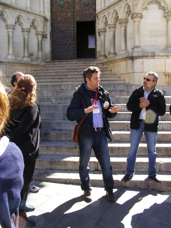 El guía en la Catedral